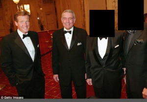 http://www.dailymail.co.uk/news/article-2536822/Do-know-man-Most-Americans-recognize-news-anchor-Brian-Williams.html