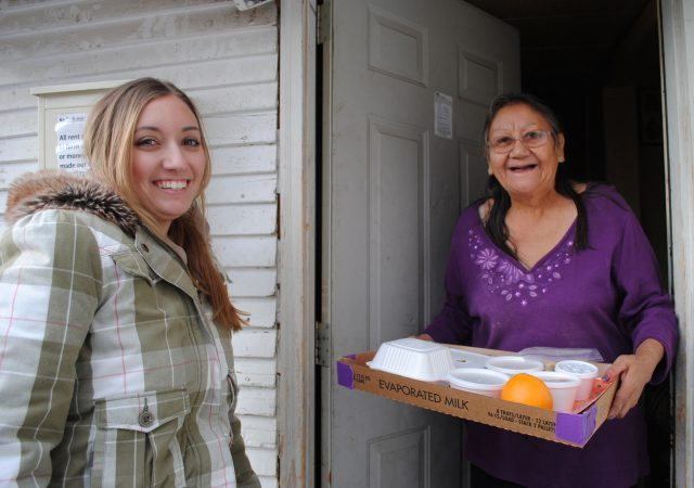 https://commons.wikimedia.org/wiki/File:Meals_on_Wheels_delivery.jpg