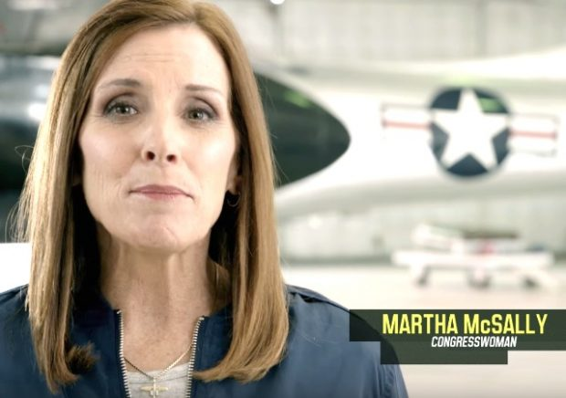 Ex-fighter pilot launches bid to replace Arizona Sen. Flake